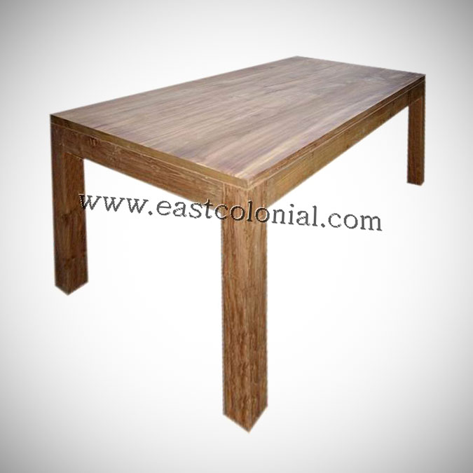 Solo Dining Table Medium