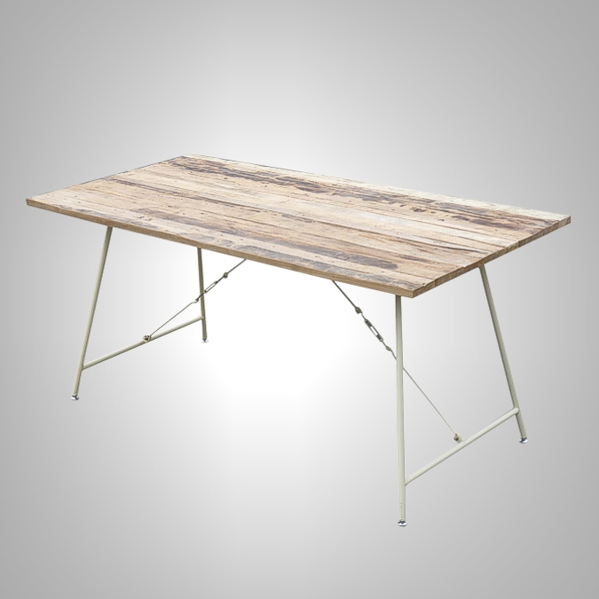 LOFT DINING TABLE