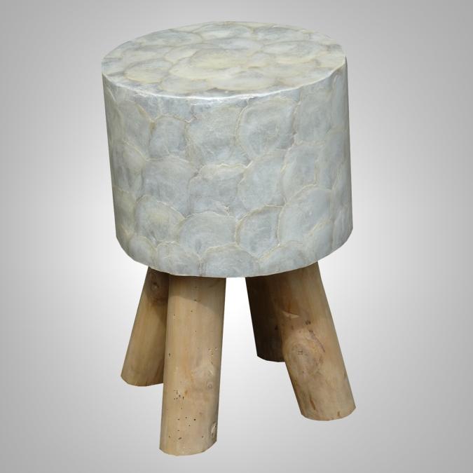 Stool Kerang Putih